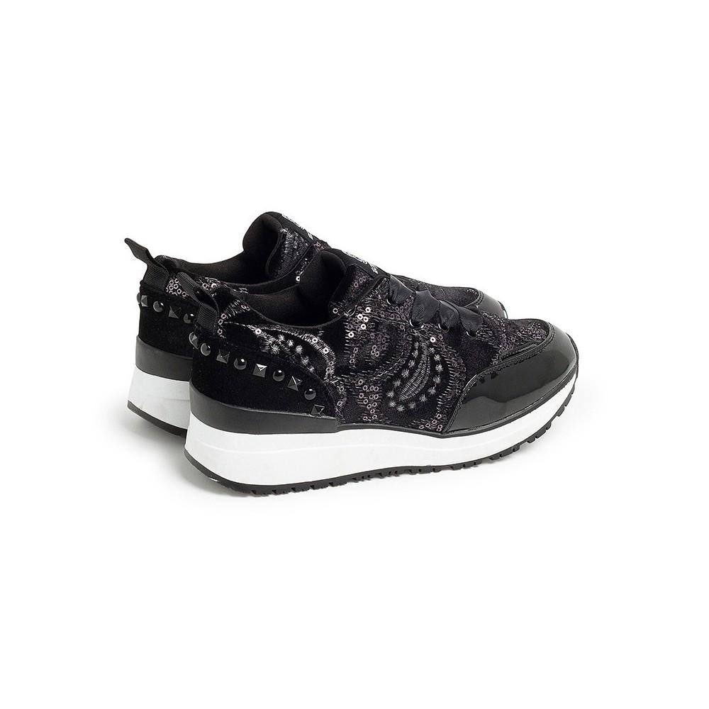 Sneakers negras TOP3