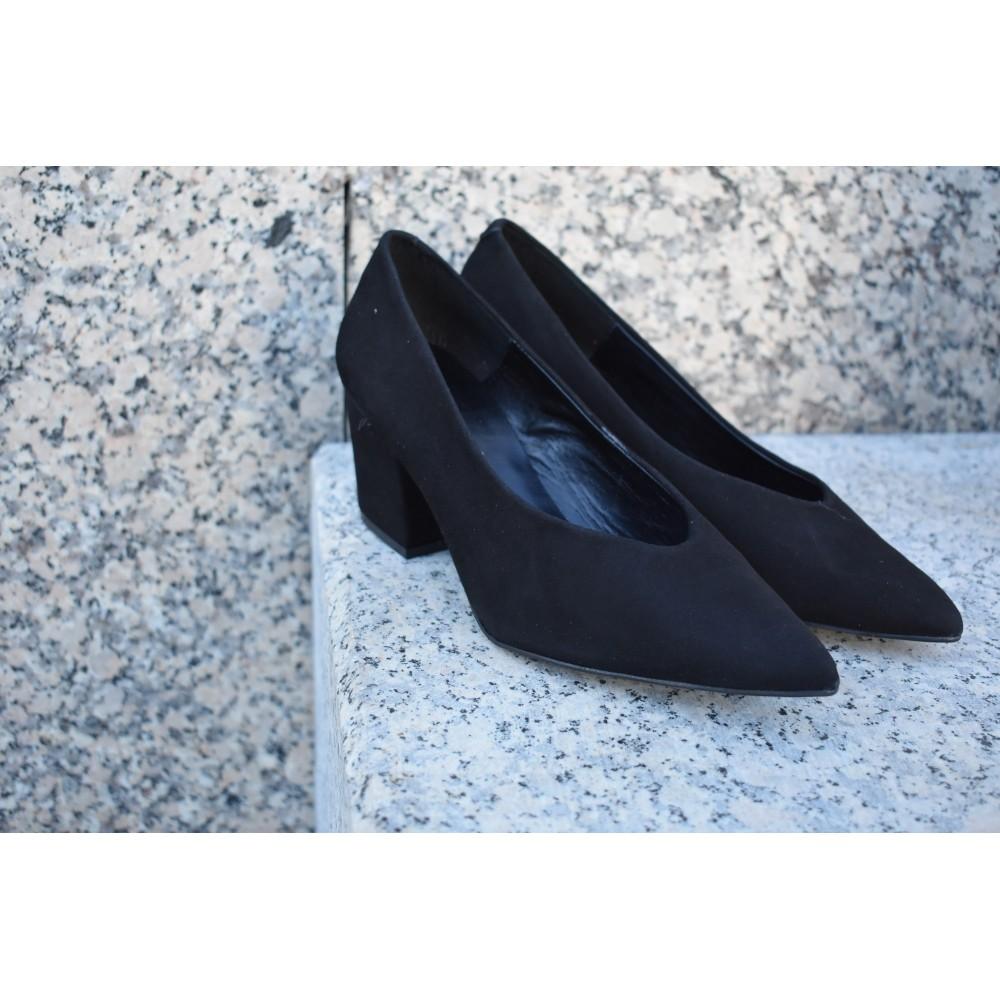 Zapatos salón María Jaén ante