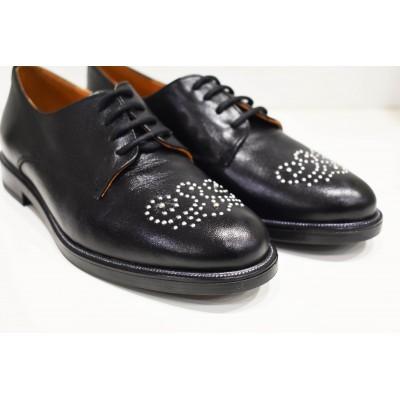 Zapato inglés de piel negro