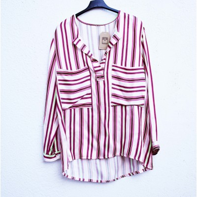 Blusa BESO oversized