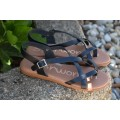 Sandalia de piel marrón con plantilla de gel 4301
